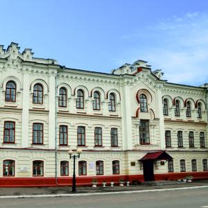 Здание духовного училища