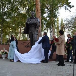 Церемония открытия памятника Б. Пастернаку в г. Чистополь