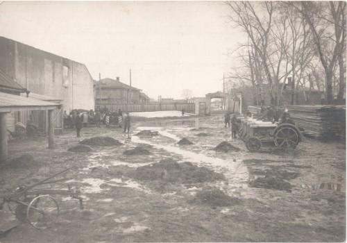 30.Чистопольская тракторная колония Парк. 1930-е гг.-min
