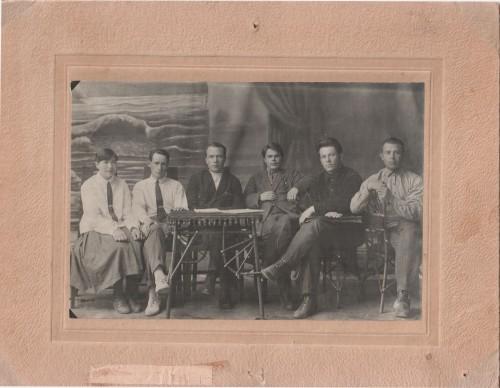 31. Бюро райкома. 1930 г.Шеметов. Г.М 3-й слева-min